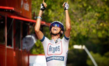 Le Breton Warren Barguil gagne l'etape, I'Irlandais Nico Roche toujours 2 eme sur la Vuelta