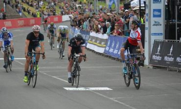 Zakkari Dempster ouvre la Mitchelton Bay Cycling Classic devant Felix English