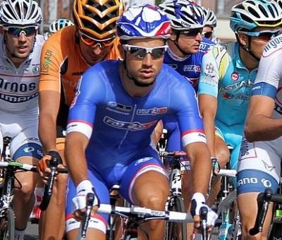 Nacer Bouhanni règle le sprint de la 2 ème étape de l'Etoile de Bessèges