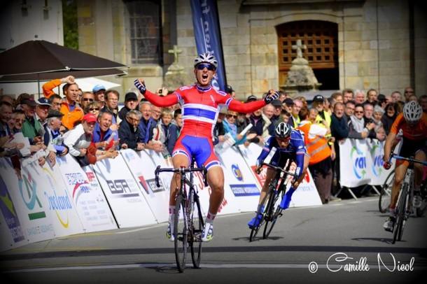 Erlend Blikra vainqueur de la 1ère étape (photo Camille Nicol)