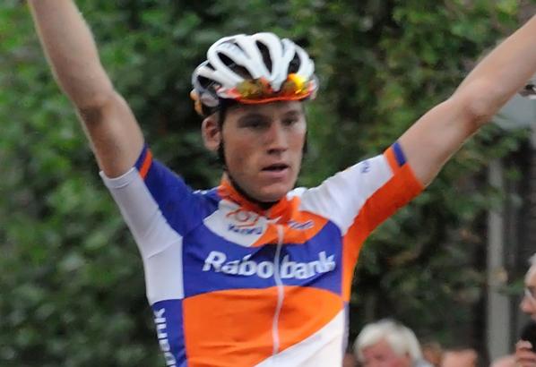 Paris Roubaix Espoirs: Mike Teunissen en costaud