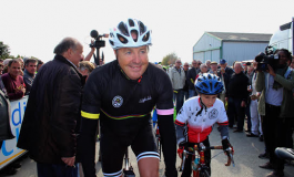 Stephen Roche, parrain du Team Irlandais Dynamo Cover Pro Cycling