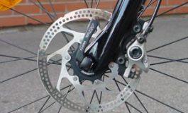 l'UCI suspend l'utilisation des freins à disques