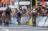 Tour Down Under; Caleb Ewan pour la première devant Van Poppel et Bennett