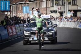 Eddie Dunbar réalise un numéro sur le Tour des Flandres espoirs