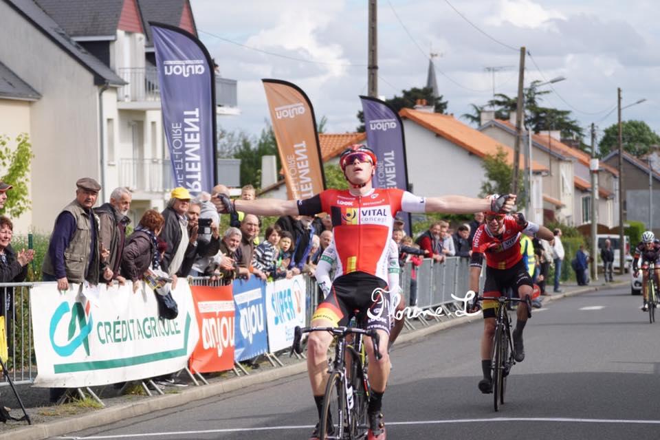 Tour de la Manche; Antoine Leplingard en costaud !