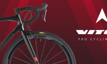Le team VITUS Pro cycling avec VELOTEC