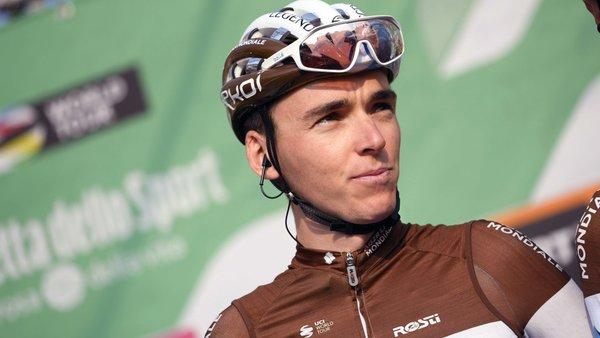 Romain Bardet; «Supprimons les oreillettes… Et des équipes à 6 coureurs»