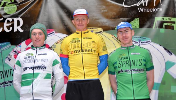 Damien Shaw en jaune, Bryan McCrystal en vert et Daniel Stewart meilleur jeune. Photo Marian Lamb Cycling Ulster