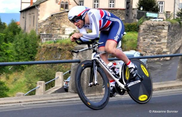 Redoutable sprinter, il est aussi un formidable coureur de chrono où il décroche la 3ème place aux Championnat du Royaume Unis U23 cette année (photo Alexanne Bonnier)